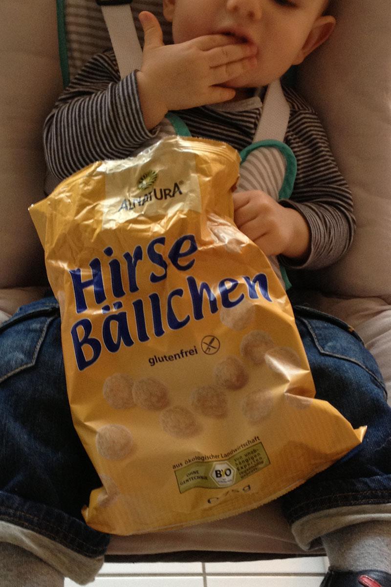 """Hirsebaellchen"""