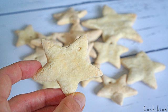 Sterne aus Salzteig