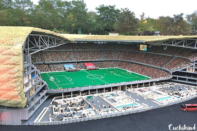 Fussballstadion_im_Legoland_Günzburg