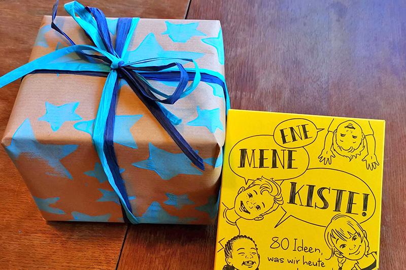 Geschenkpapier_selbst_machen